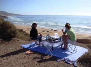 Camp über der Bucht von Iftane
