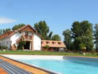 Reiturlaub mit Wellness für die ganze Familie auf dem Reiterhof Equital am Balaton
