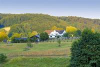 Landhaus Wittensiek: Urlaub mit Pferd im Lippischen Bergland zw. Weserbergland und Teutoburger Wald