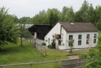 Ferienhaus mit Pferdeboxen und Weide im belgischen Teil des Dreiländerecks D/B/NL