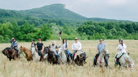 Ferien-/ Urlaubsbetrieb, Pensionsstall / Pferdepension, Zuchtbetrieb, Ausbildungsbetrieb, Westernreiterhof in Sevlievo