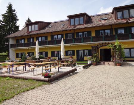 Ferien-/ Urlaubsbetrieb, Reiterhof, Ponyhof, Kinderferienbetrieb in Missen