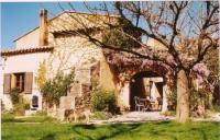 Reiturlaub in der Provence, Südfrankreich: Reiterferien, alt-klassischer Reitunterricht und Ausritte