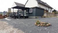 Ferienhäuschen Rosenstraße - Urlaub mit Pferd & Hund in der Vulkaneifel, Rheinland-Pfalz!