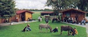 3 beheizbare Sechser-Hütten
